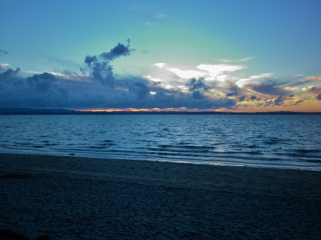 Sun is about to set at Pt Chevalier beach